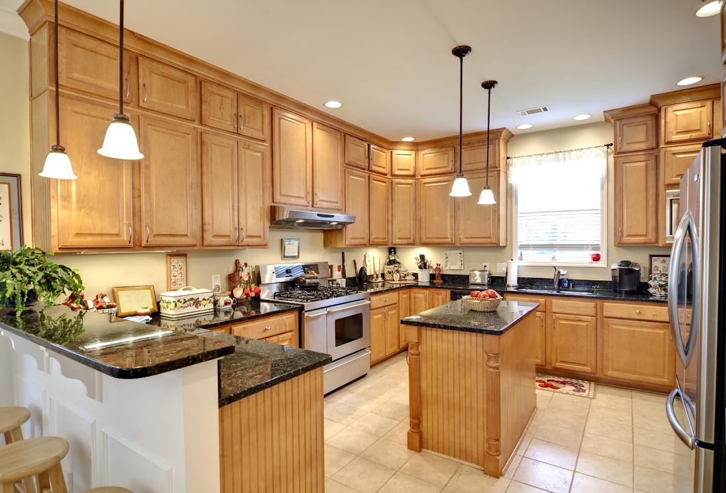 Matching Kitchen And Dining Room Lighting